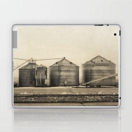 Winter Storage Laptop & iPad Skin