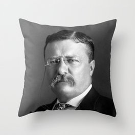 Teddy Roosevelt Portrait - 1904 Throw Pillow