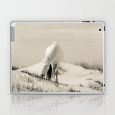 Wild Horses 7 - Black and White Laptop & iPad Skin