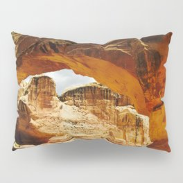 Unique Rock Formation in Nature Pillow Sham