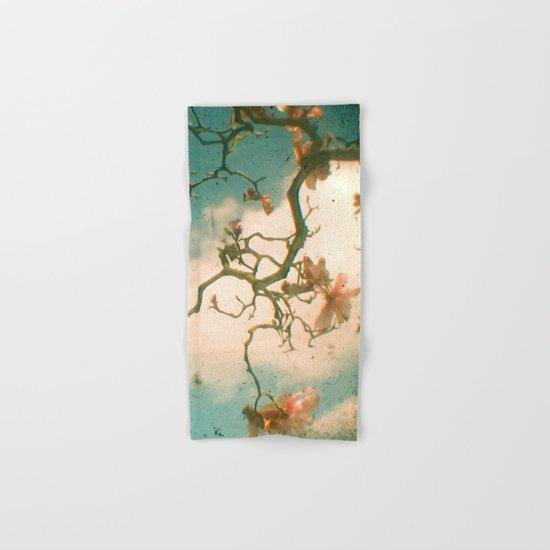 Magnolia Falls Hand & Bath Towel