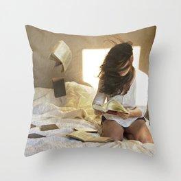 fresh wind Throw Pillow