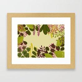Belle plante Framed Art Print