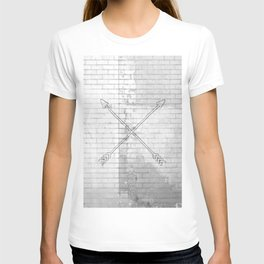 brick crossed arrows T-shirt