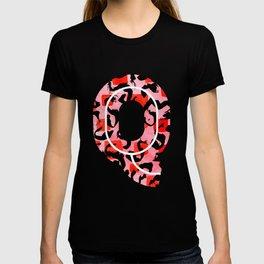 Letter Q Watercolour Leopard Print Alphabet Red T-shirt