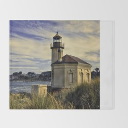 Oregon Coquille River Lighthouse - Watching The River Throw Blanket