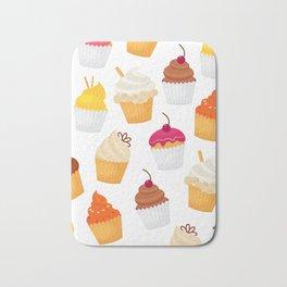 Dulce y sabrosa comida postre cupcake patrón transparente ilustración vectorial Bath Mat