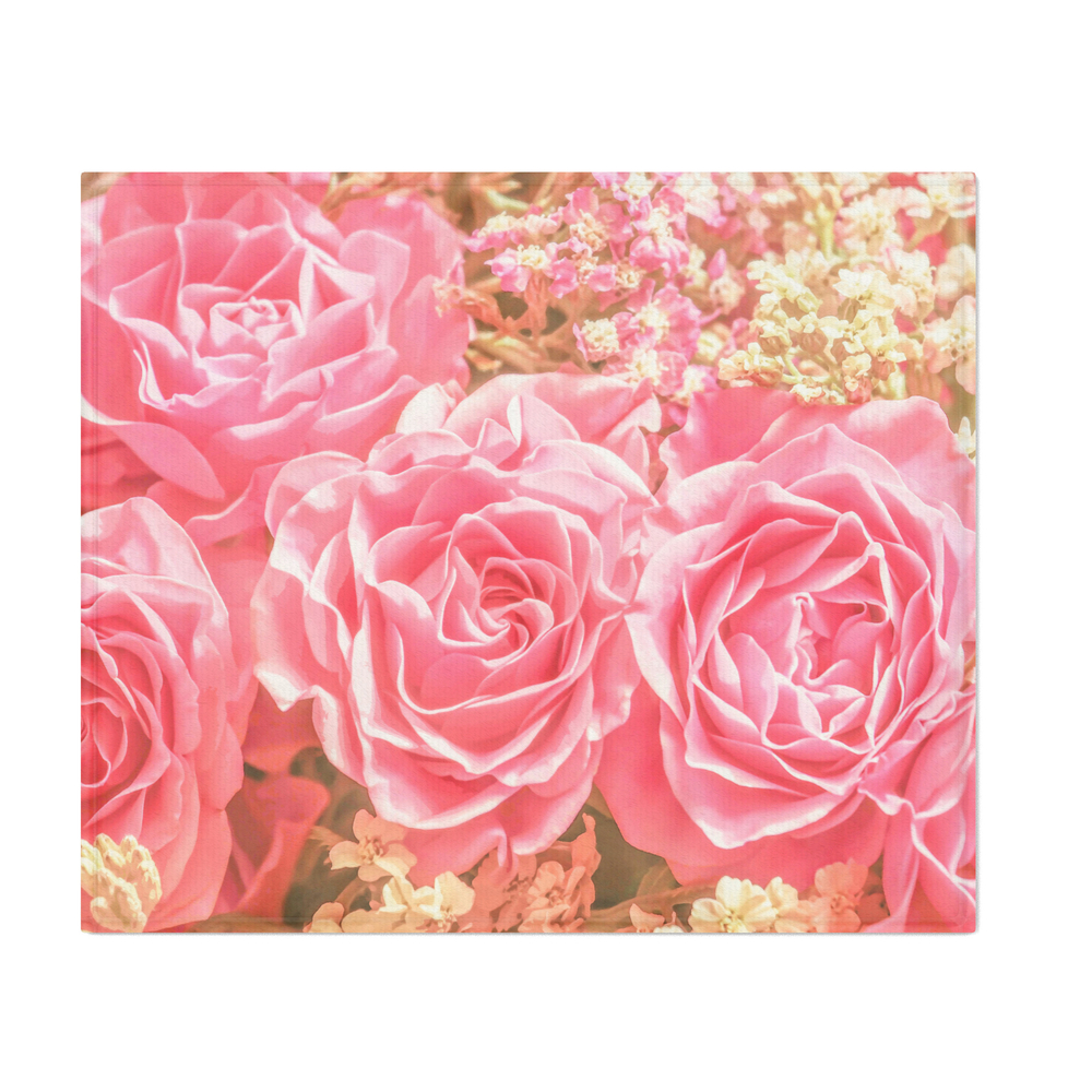 Elegant_Pink_Roses_Throw_Blanket_by_hommie