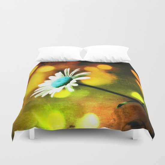 Turquoise Daisy In Gold Duvet Cover