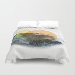 Sunrise on a mountian Duvet Cover