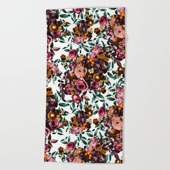 Autumn winds Beach Towel