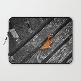Semi-abstract, leaf on a bench photo Laptop Sleeve
