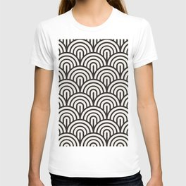 black & white geometric pattern mid century modern fish scales art deco pattern T-shirt