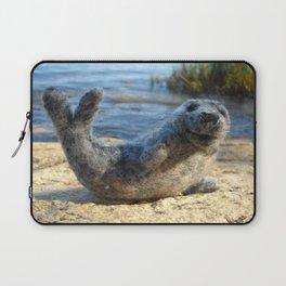 Harbor Seal on the rocky Maine coast Laptop Sleeve