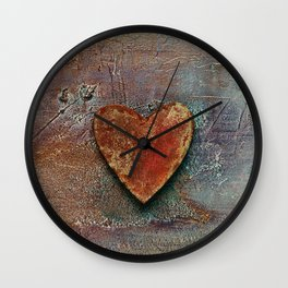 Rusty grunge love heart Wall Clock
