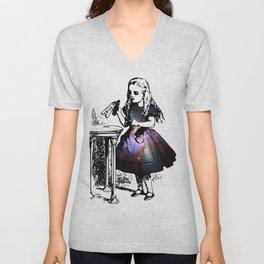 Alice in Universe Unisex V-Neck