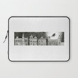 Witch in Full Moon Laptop Sleeve