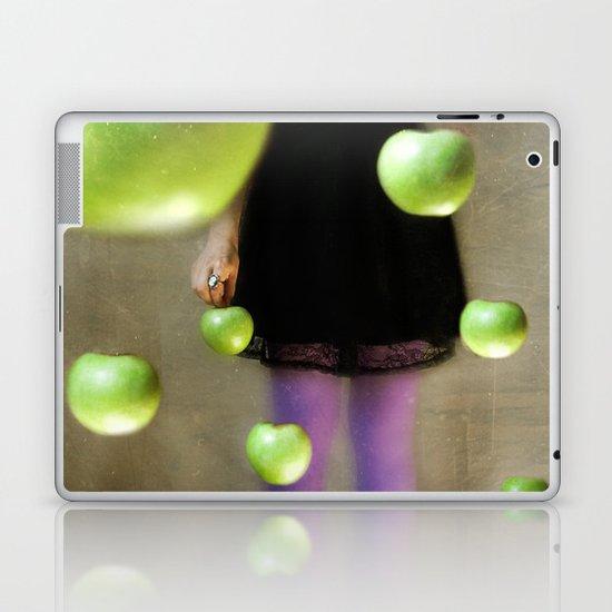 La Collectionneuse Laptop & iPad Skin