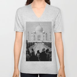 Taj Mahal with people Unisex V-Neck