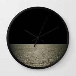 mareggiata dorata Wall Clock