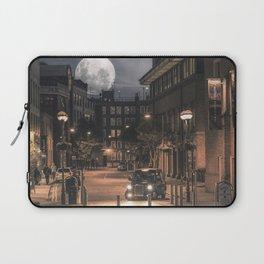 Harvest moon, London - United Kingdom Laptop Sleeve