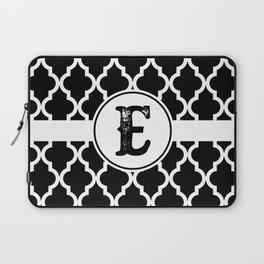 Black Monogram: Letter E Laptop Sleeve