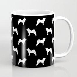Akita silhouette dog breed pattern minimal dog art black and white akitas Coffee Mug