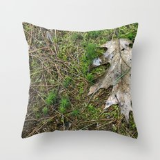 Oak Leaf Throw Pillow