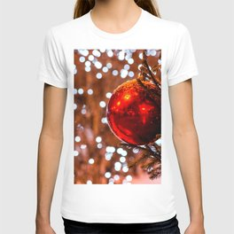 Red Ball, White Illumination Lights T-shirt