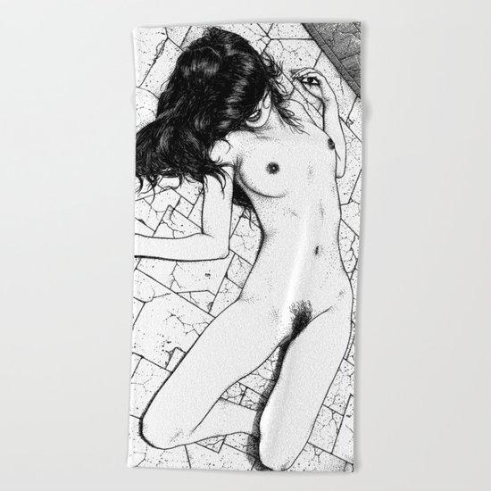 asc 657 - Le mystère de la Rue de Cluny (The housewife nightmare) Beach Towel