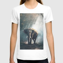 Beautiful Elephant in the Woods T-shirt