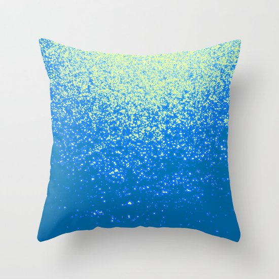dream about flying Throw Pillow