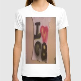 I Love C-B Spray Paint Logo Art Print. T-shirt