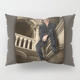 william watching Pillow Sham