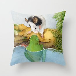 The mouse and the frog Throw Pillow