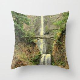MULTNOMAH FALLS - OREGON Throw Pillow