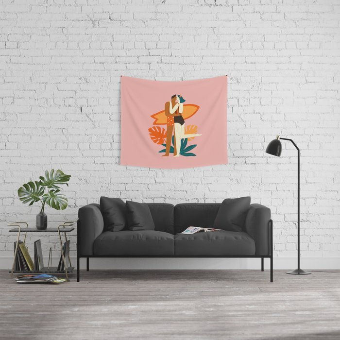 The kiss Wall Tapestry