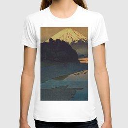 Sunset at Aga T-shirt