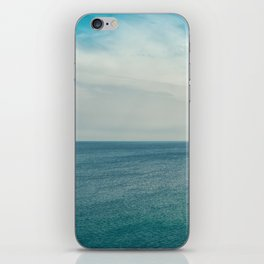 Cliff into the ocean iPhone Skin