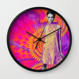 Supermodel Twiggy 1 - Supermodels of the Sixties Series Wall Clock