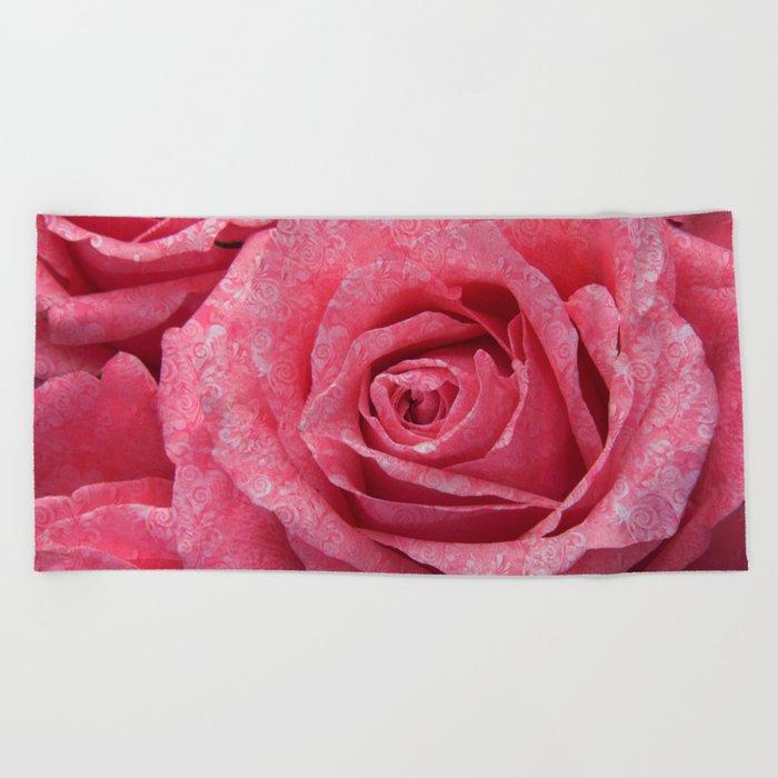 Pink love roses Beach Towel
