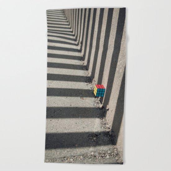 Rubik shading stripes Beach Towel