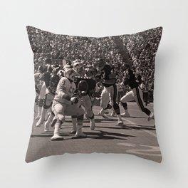 Roland Harper : Bears vs. Lions : Soldier Field : 1974 Throw Pillow