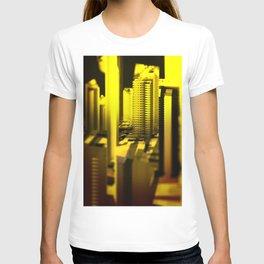 Cityscape at night 2 T-shirt