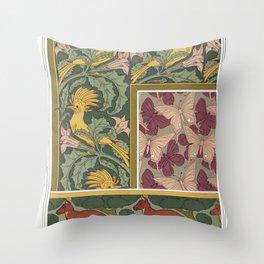 Huppes et stramoine bordure Papillons etoffe de soie Kangourou et arbres bordure from Lanimal dans l Throw Pillow