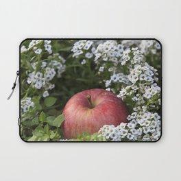 Snow White´s Apple Laptop Sleeve