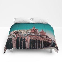 Tiger in Berlin Comforters