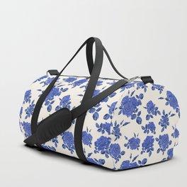 Seamless blue roses pattern Duffle Bag
