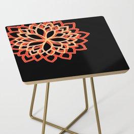 Delphine • Yoga pant 3 • Side Table