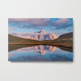 OVERLOOKING VIEW OF MOUNTAIN UNDER CLOUDS Metal Print